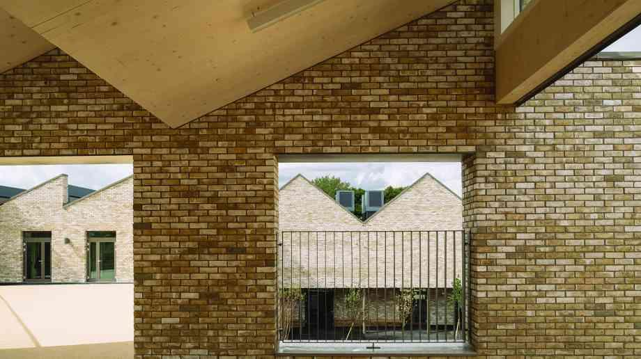 Kingsgate Primary School. Credit Tim Crocker