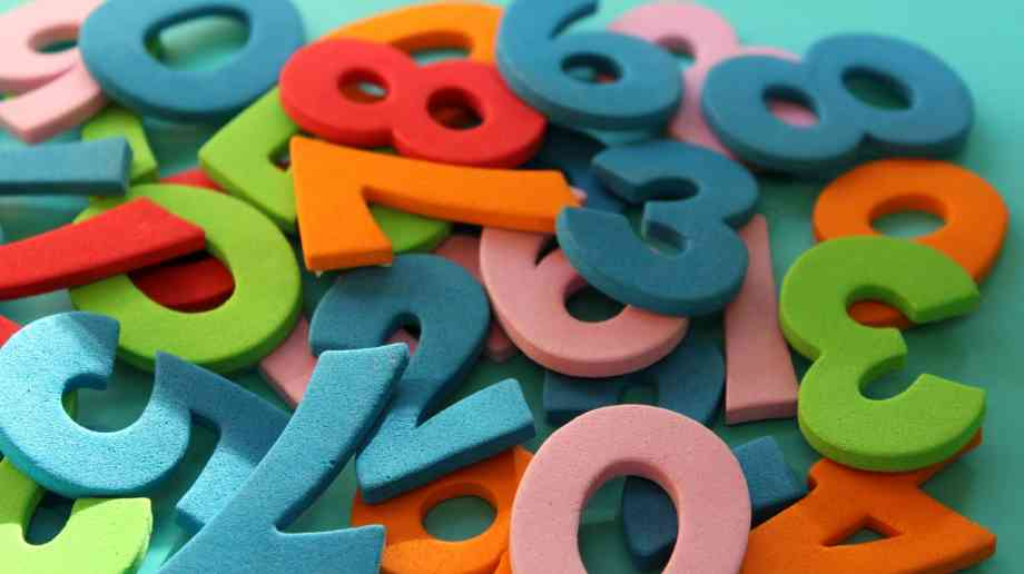Cash incentives for maths and physics teachers | Education