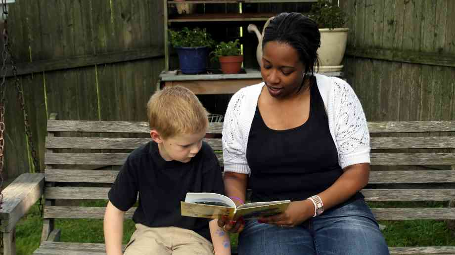 £26m fund for English hubs to boost child literacy