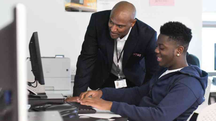 Hinds calls for more BAME school governors